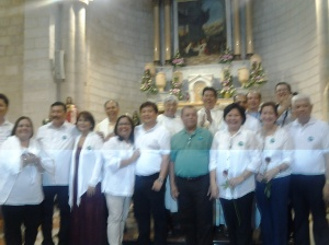 236 Renewed couples after the Mass at cana Church