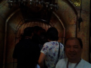 566 entrance to empty tomb01