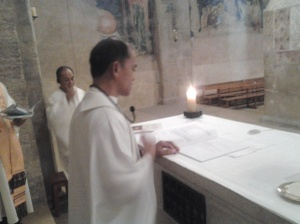 Fr. Ruben O. presiding the Mass at the Crusader Church - Emmaus (Abu Gosh)