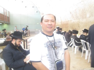 712 Me at the Synagogue of the Western (Wailing) Wall